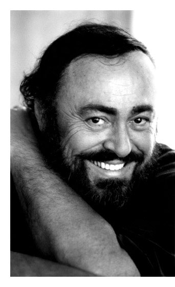 http://lh6.google.com/intercaffe/RuBGdtnbMtI/AAAAAAAAAO8/lcKu2zdkRS4/s800/luciano-pavarotti-2.jpg