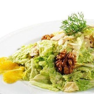 Salad with Chinese cabbage with apples