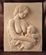 Photo: Maternidad. Tamaño: 50 x 40 cm. Madera de arce.  Para leer algo más en relación con esta obra ir al blog: https://tallaenmadera-woodcarving-esculturas.blogspot.com/2018/03/maternidad.html