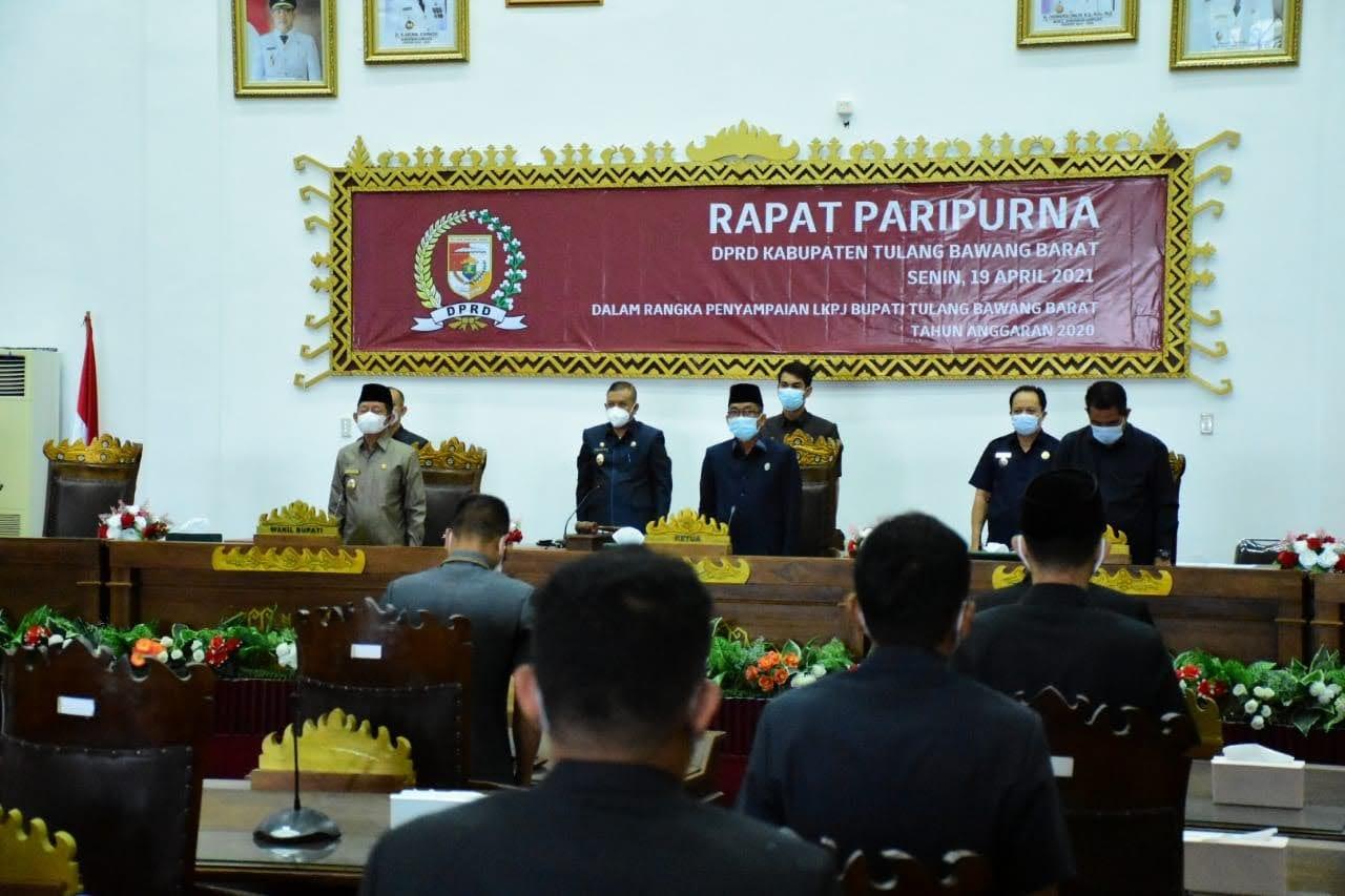 Wakil Bupati Tulang Bawang BaratFauzi Hasan, SE.,MM Menghadiri Rapat Paripurna Penyampaian Laporan Keterangan Pertanggung Jawaban (LKPJ)