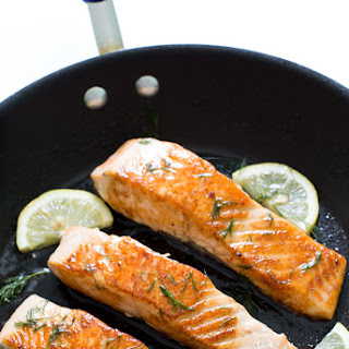 Easy Pan Fried Salmon with Lemon Dill Butter