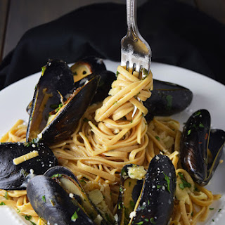 Mussels over Linguine with Garlic Butter Sauce.