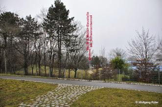 Photo: Blick über das Leuze-Freigelände Richtung Schwanentunnel B14