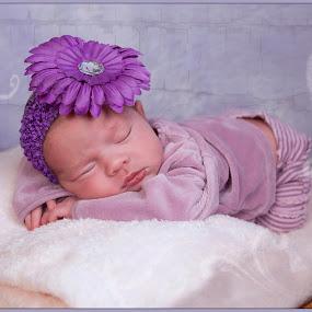 Baby girl by Michel Arel - Babies & Children Babies ( bébé, studio, girl, infant, michelarel, #pixoto, baby )