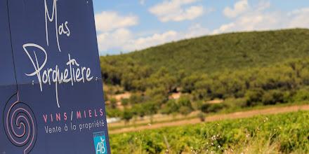 Photo: Mas Porquetière. AOC Côtes de Provence. Le Cannet des Maures. Var
