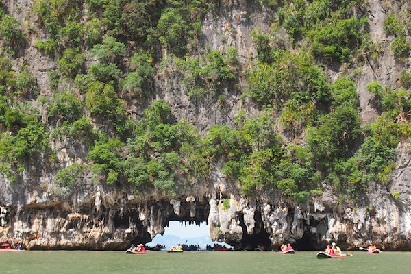 Kayak into caves and canyons at Thalu Island