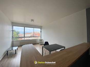 studio à Roanne (42)