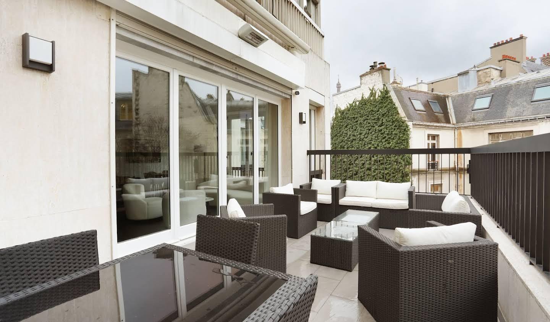 Apartment with terrace Paris 8th