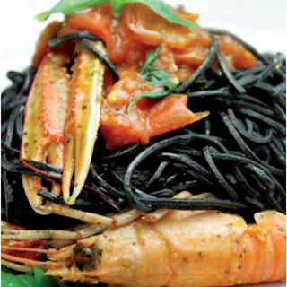 Squid Ink Spaghettis with Prawns and Tomatoes Recipe