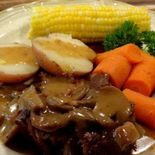 SUNDAY DINNER POT ROAST--BONNIE'S WAY.