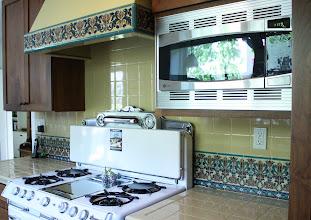 Photo: Barron Kitchen - Decorative Tile Backsplash Pvt. Residence W. Los Angeles, CA