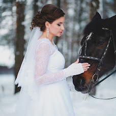 Wedding photographer Darya Gryazeva (snegsnega). Photo of 17.02.2016