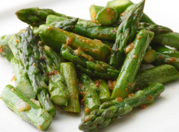 Asparagus With Lemon Butter Glaze