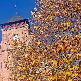 Dimanche d'automne à Tréguex by Ciprian Apetrei - Instagram & Mobile Android ( sunday, church, mobile photos, autumn, brittany )