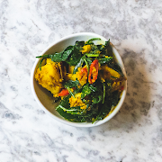 Saag Aloo, Spiced Potatoes with Baby Spinach (Vegan)