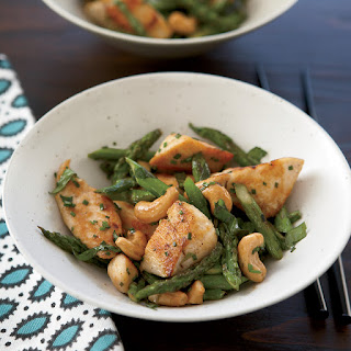 Chicken Stir-Fry with Asparagus and Cashews Recipe
