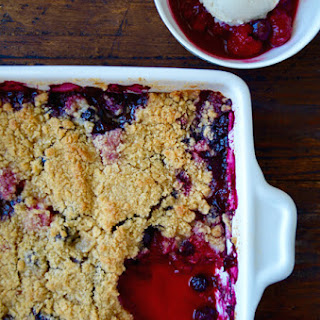 Easy Mix-and-Match Fruit Crumble.