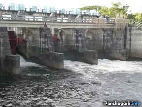 Photo: Tangon barrage, between Boda and Atwari