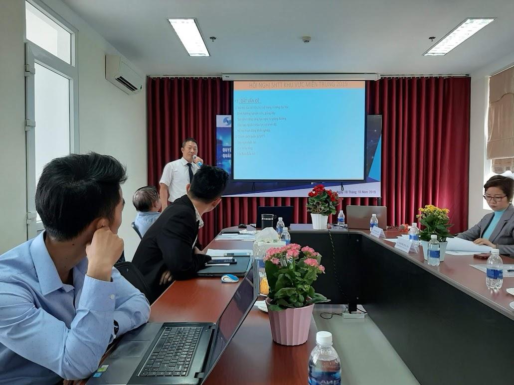 TS. Vũ Dương - đại diện Trường Đại học Duy Tân