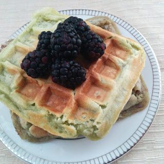 Matcha Mochi Waffles (vegan)