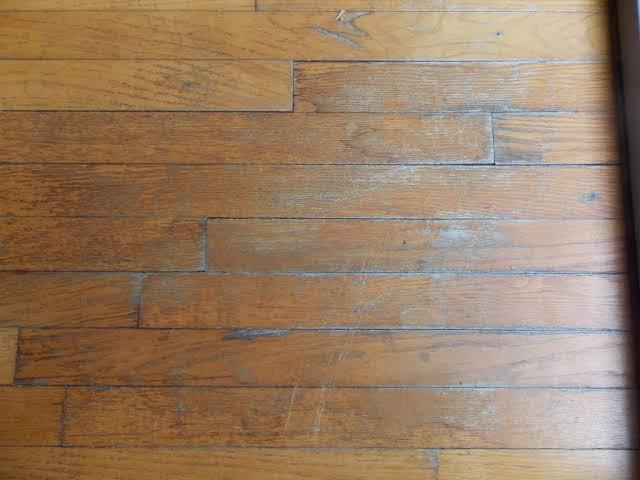 How to give a new look to your old hardwood floor