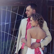 Wedding photographer Yuliya Voroncova (RedLight). Photo of 14.08.2013