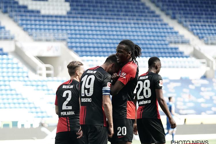 📷 Kussende Dedryck Boyata kop van jut op eerste dag hervatting Bundesliga