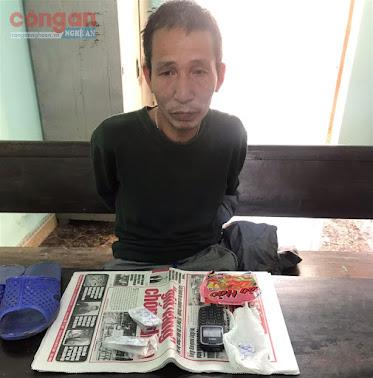 Đối tượng Phan Xuân Toàn và tang vật vụ tàng trữ ma túy