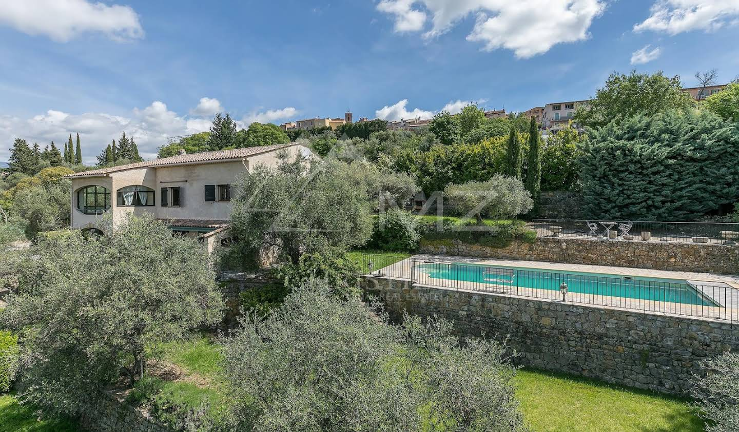 Villa with pool and terrace Montauroux