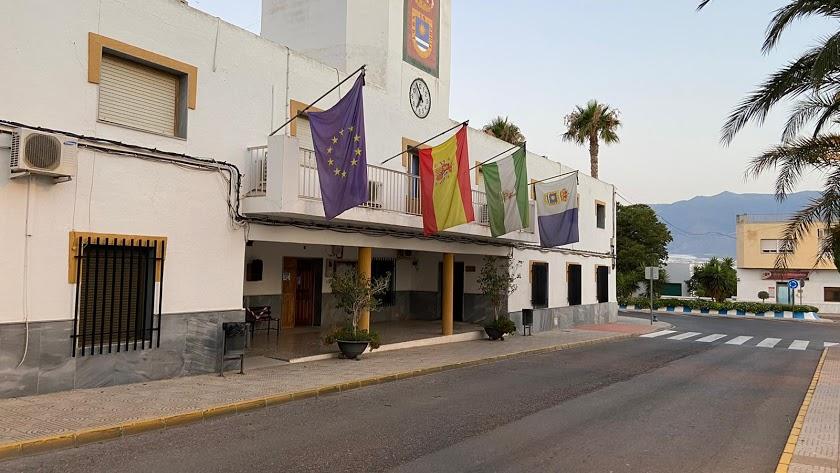 Fachada del Ayuntamiento de La Mojonera.