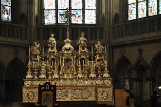 Photo: Katedrála sv. Petra (Dom St.Peter) - baldachýnový oltář.