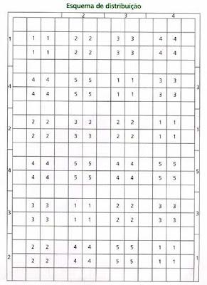 مفارش سرير كروشية بالبترون ,طريقة عمل مفارش كروشية للسرير روعه بالباترون2013 dddCama021grafico04.jpg?imgmax=400