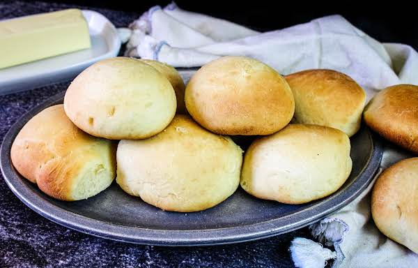 A Plate Of 60 Minute Dinner Rolls.