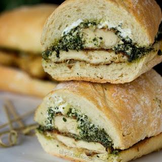 Chicken Sandwich On Garlic Bread Recipes