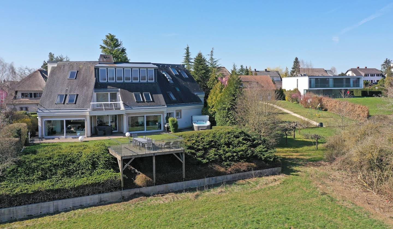 Villa avec jardin et terrasse Dippach