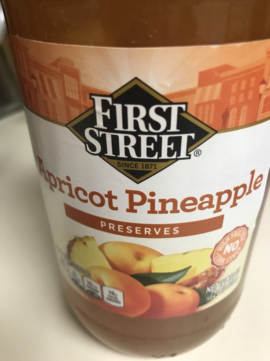 Apricot pineapple preserves