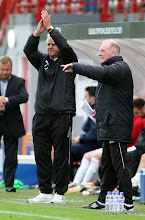 Photo: Hamilton Academical v Dunfermline Athletic Irn Bru First Division New Douglas Park 29 September 2012Jim Jefferies  applauds the team(c) Craig Brown | StockPix.eu