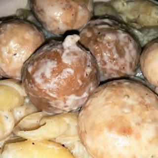 Mushroom Meatballs And Macaroni Cheese