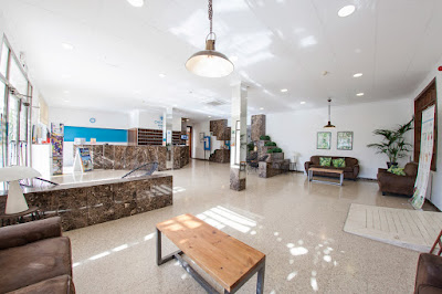 EL HOTEL - Recepción