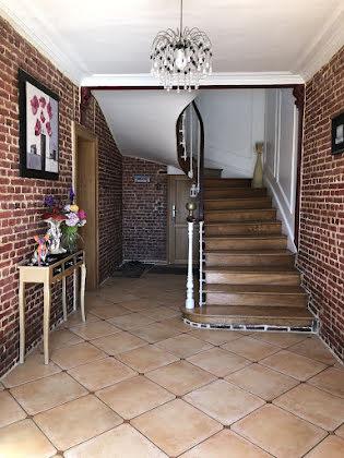 Vente propriété 8 pièces 197 m2