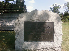 Photo: Monument to the 1st and 2nd Rode Island Regiments