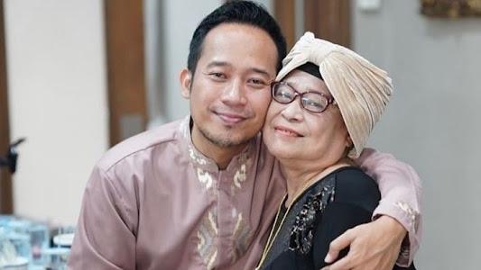 Ibunda Denny Cagur Meninggal Dunia, Anwar BAB Turut Berduka - Entertainment