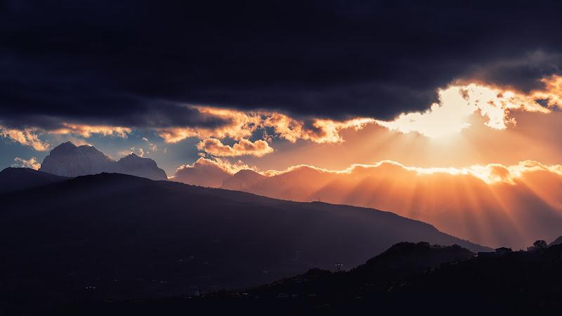 La luce prima della tempesta di renzodid