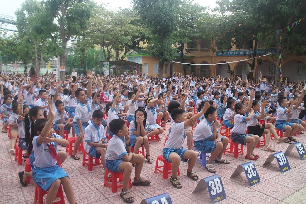 Chương trình thu hút sự tham gia sôi nổi của toàn thể học sinh