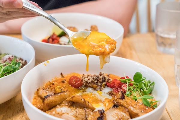 中山站赤峰街美食 桔梗燉飯 紅到香港旺角的質感美食 美味必點:花雕奶油雞