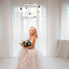 Wedding photographer Oksana Pipkina (Pipkina). Photo of 11.01.2017