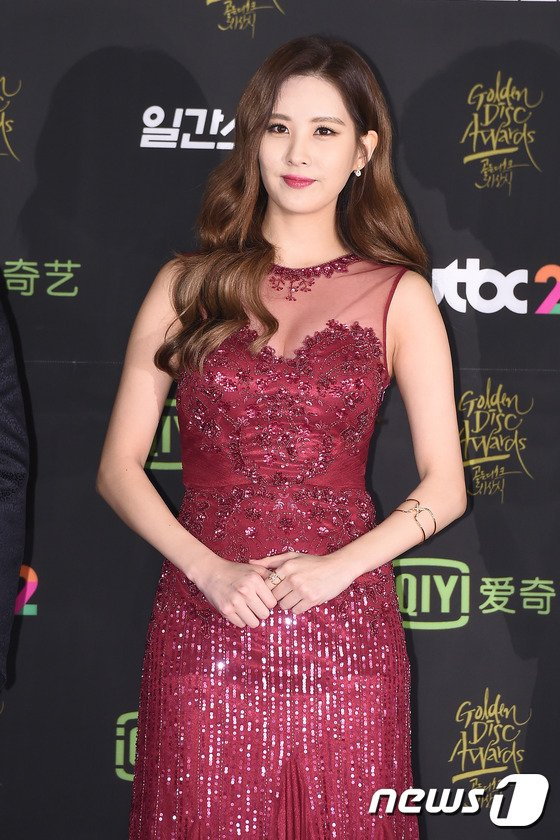 seohyun gown 12