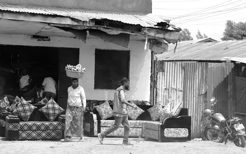 Vendita divani in Arusha di Sgheno