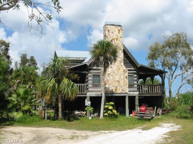 12 beautiful log cabins across florida Log cabin homes on stilts
