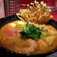 瓦城泰國料理(台中三越店)